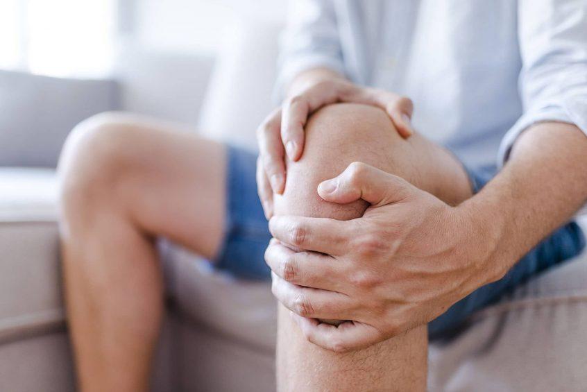 dolor en la rodilla al andar
